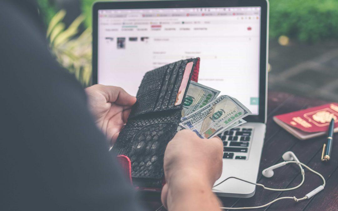 De kosten van een website per maand op een rij